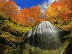 西和賀町白糸の滝