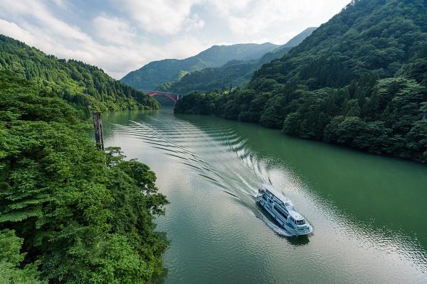富山県「庄川峡」