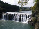 沈堕(ちんだ)の滝
