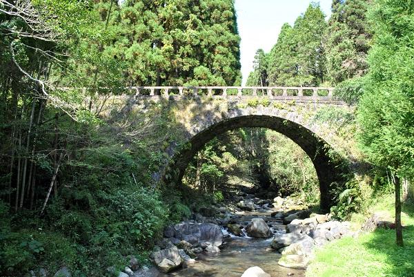 宮崎県「大谷石橋」