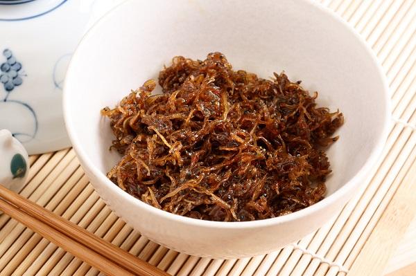 兵庫県「いかなごのくぎ煮」