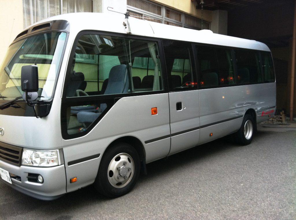 レンタルバスのイメージ