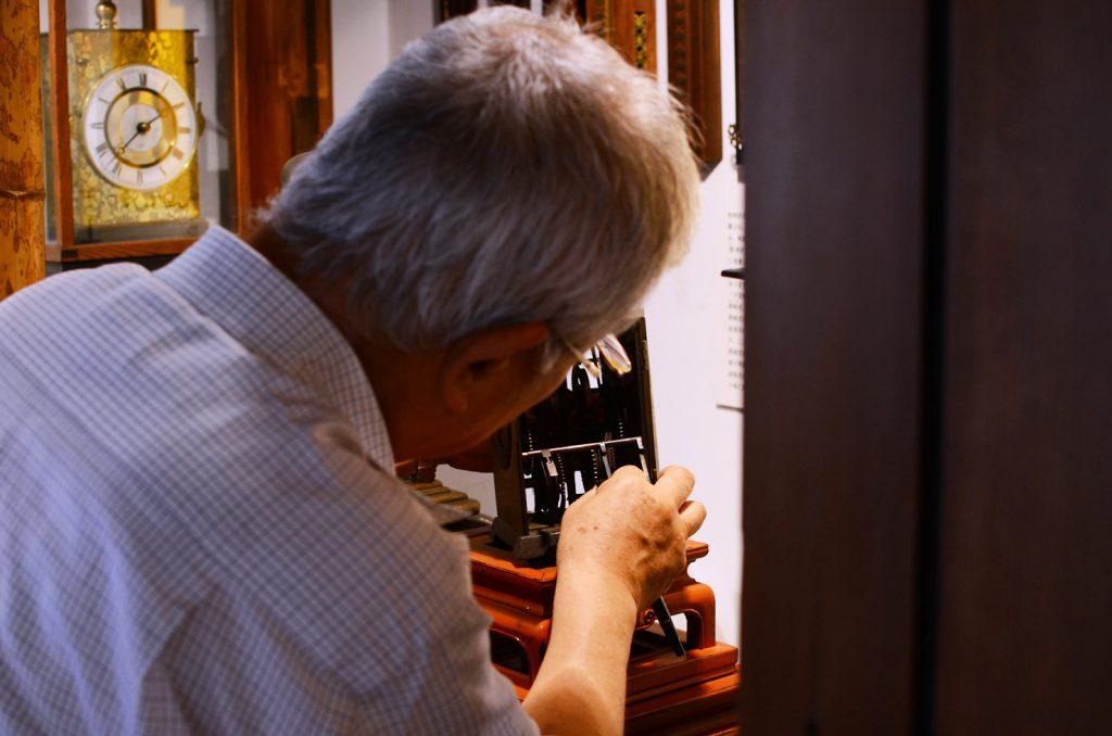 福山自動車時計博物館の館長