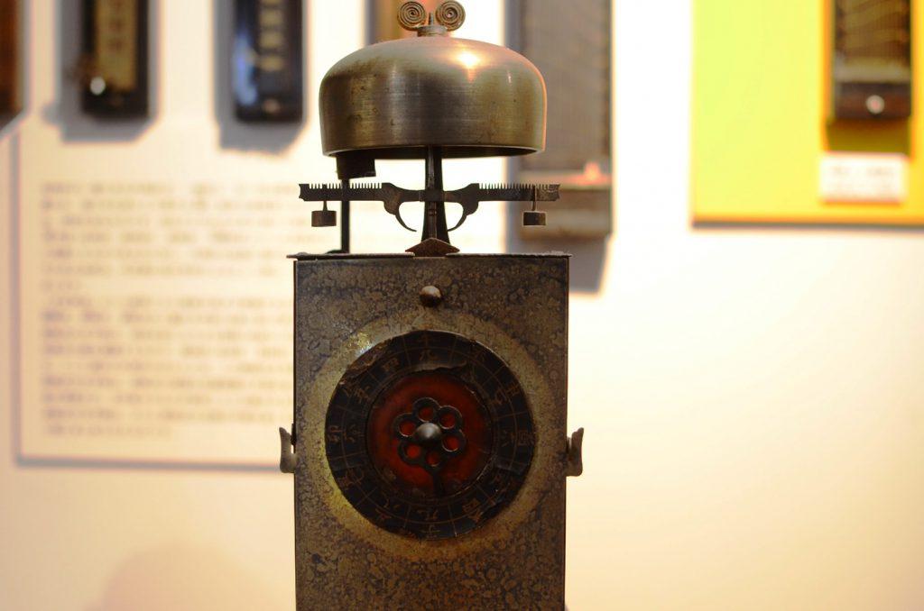 古い時計の質感もしっかり撮影できます