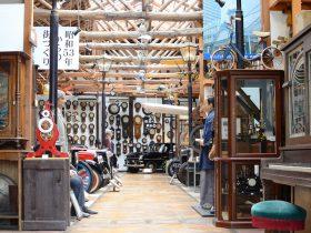 福山自動車時計博物館には古い時計も保存