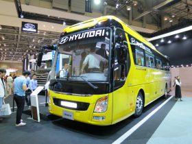 釜山国際モーターショーで展示された現代自動車のバス