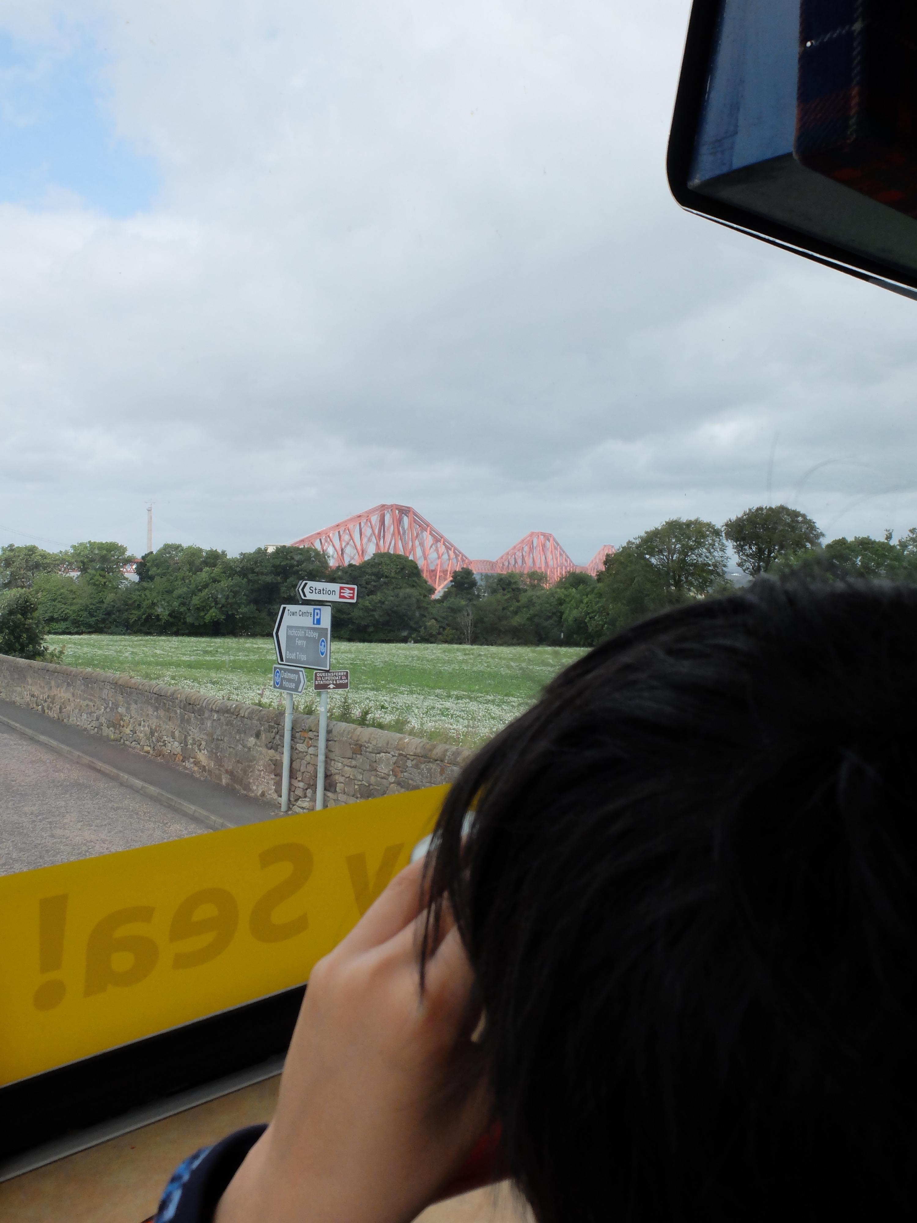 フォース鉄道橋が遠くに見えてきた