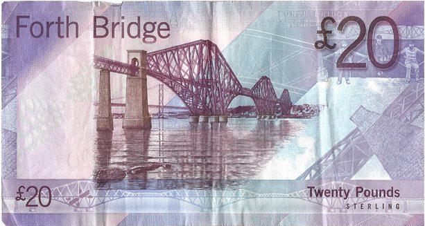 イギリス紙幣にも描かれてる橋