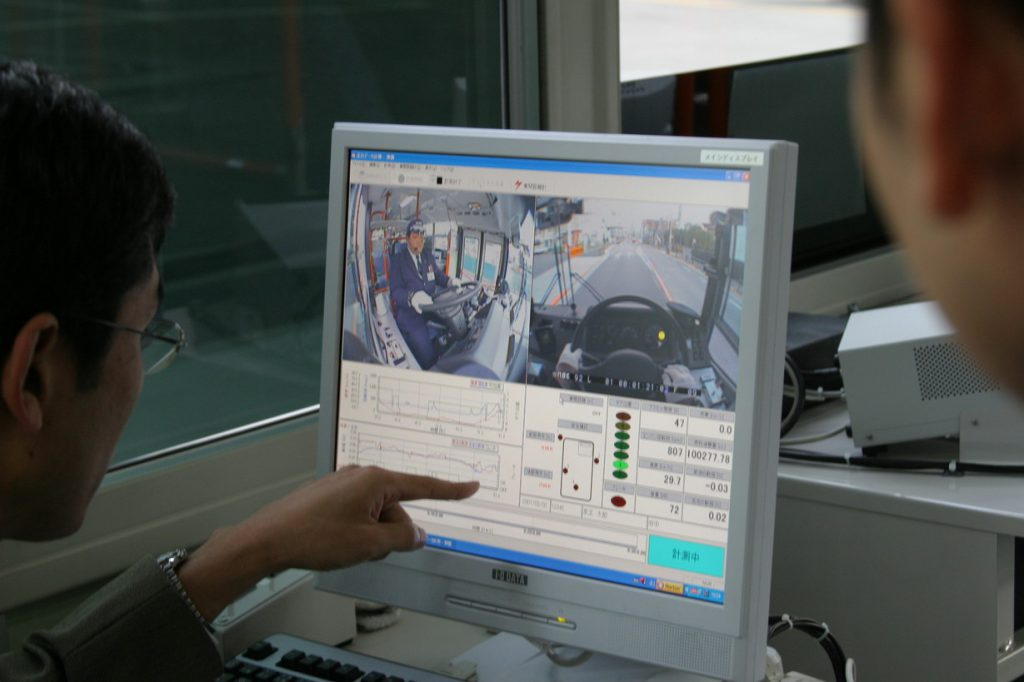 訓練車指導風景