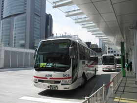 京王電鉄バスの高速バス