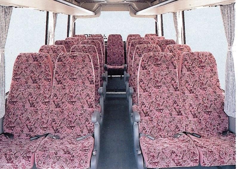 エアロミディMJの座席