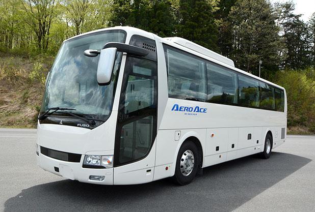 ハイデッカータイプの大型バス