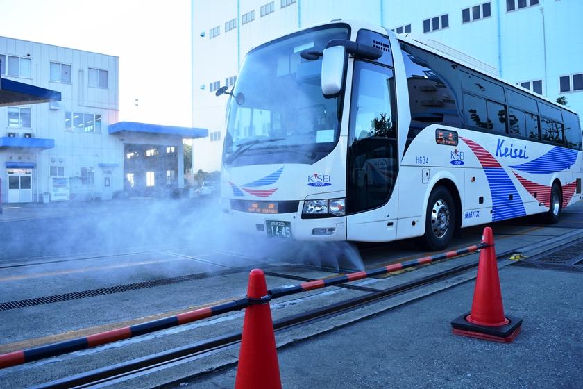 洗車機のないバス会社さんは、どうやってバスを洗うの?