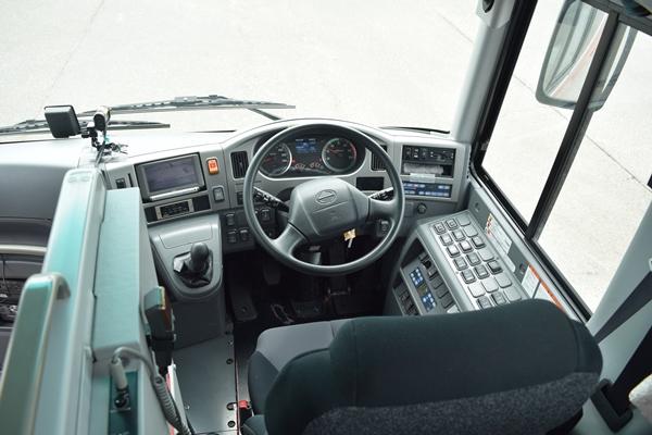 セレガのドライバー席