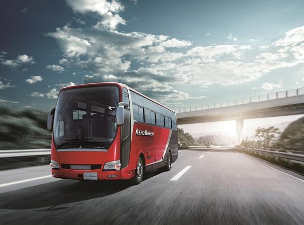 自動運転への第一歩を踏み出した三菱ふそうバス