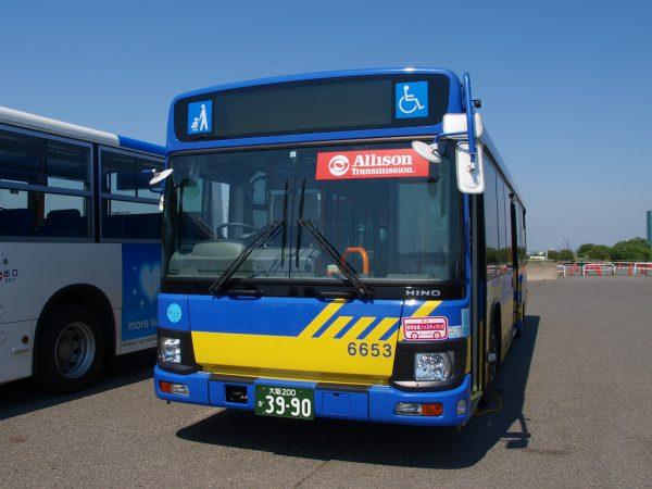 現役の近鉄路線バス車両を展示