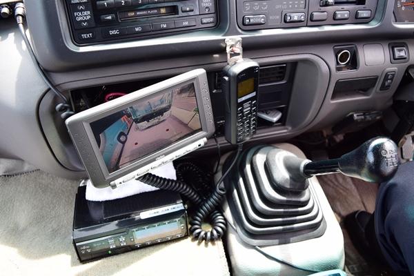 GPS付きの無線機で万が一も万全のバックアップ体制を敷いている