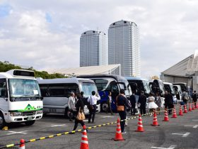 各社自慢のバスがずらり幕張に大集結