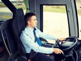 バス運転手のなり手がいない