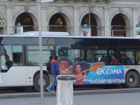 炎上事故が多発しているローマの路線バス