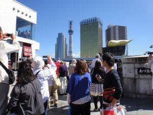 貸切バスで東京観光