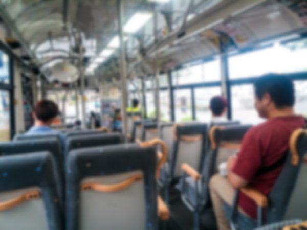 路線バスや貸切バスを運行する事業者の例