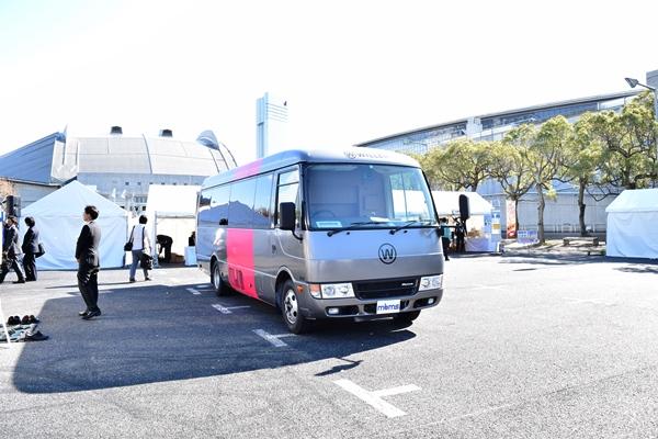 斬新なシート開発など話題を提供するウィラーのバス