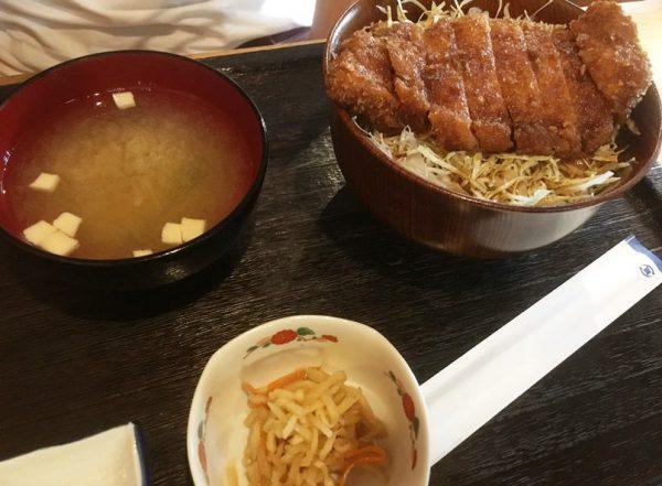 松波のソースカツ丼