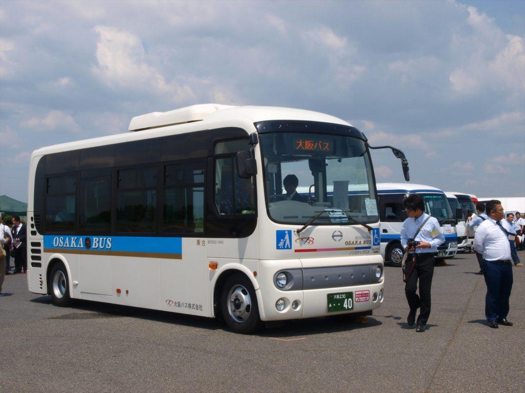 大阪バス出展「日野ポンチョ ロング」