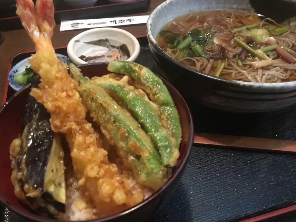 信州そばと天丼のランチ