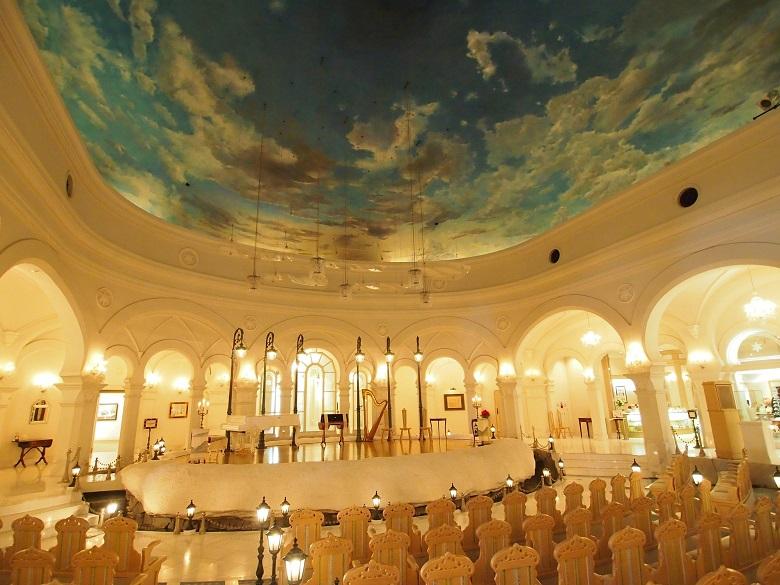 北海道伝統美術工芸村「雪の美術館」