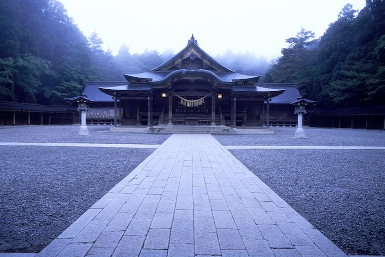 弥彦神社引き