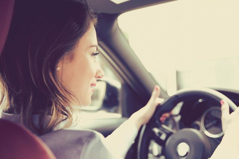 ママタクシー「女性ドライバー応援企業」の認定
