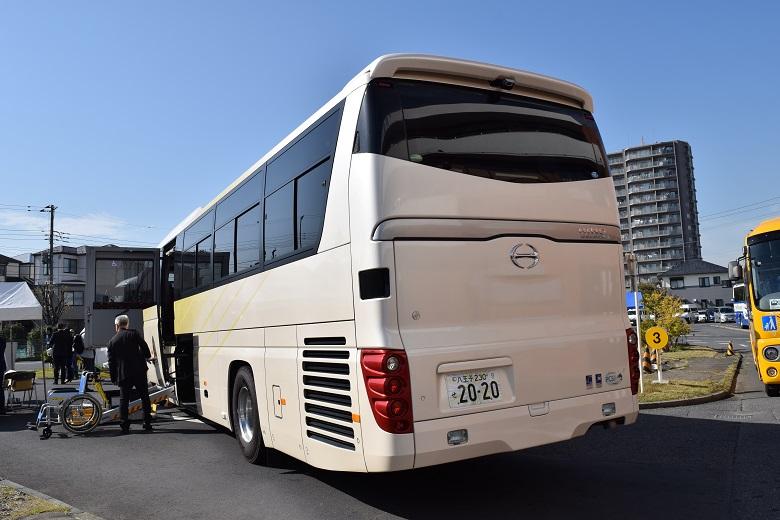 日野自動車・大型観光バス「セレガ」