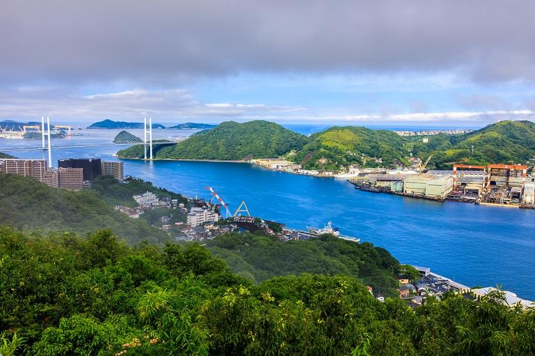 鍋冠山から長崎港の眺め