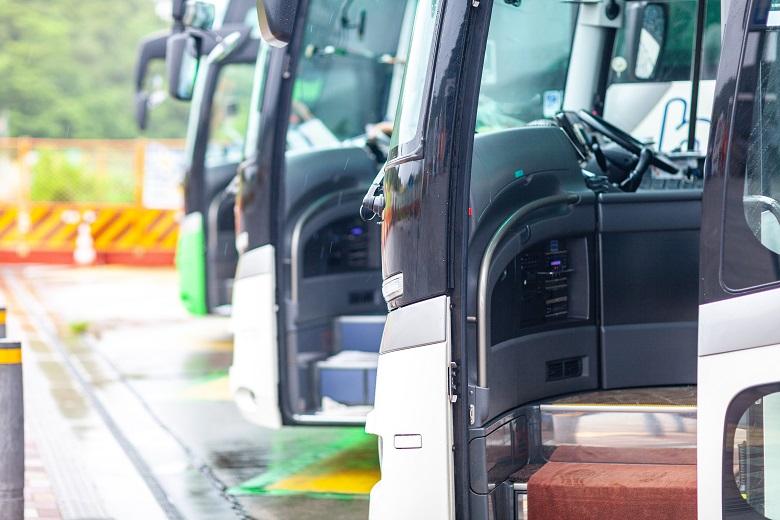 貸切タクシー・貸切バスは公共交通機関