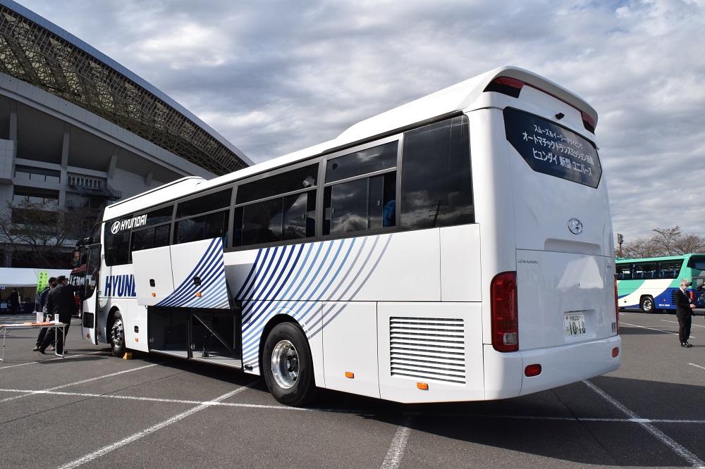 秋田県内の貸切バス利用で助成金