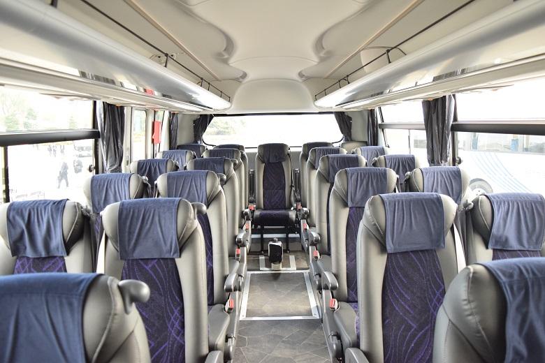 観光バスを短時間・短距離で貸切した場合